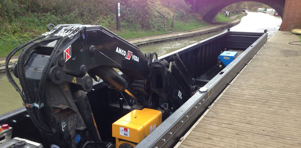 page-crane-boat-narrow-2